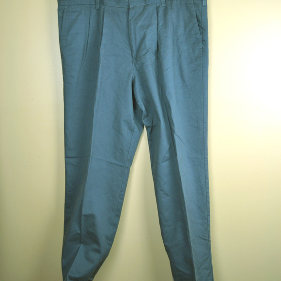 Dockers Other - Dockers Premium D4 Men's Relaxed Fit Gray Pants